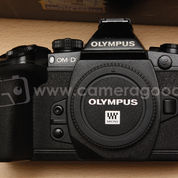 Olympus OMD E-M1 Black Body Only - Excellent