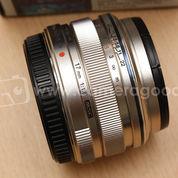 Olympus M.Zuiko 17mm F1.8 ED Silver - Like New Condition