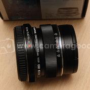 Olympus M.Zuiko 12mm F2 ED Black - Like New