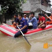 Perahu Karet Untuk Persiapan Banjir Kap 8 Orang (1332155) di Kota Jakarta Pusat