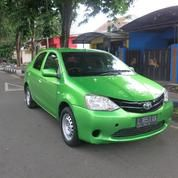Toyota Etios Sedan Manual 2013