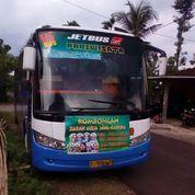 Bus Pariwisata Merci OH 1521 Tahun 2004 Adiputro