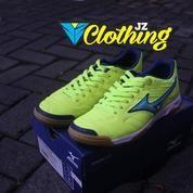 Sepatu Futsal Mizuno Sala Classic 2 In