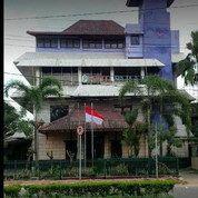 Hotel Paradis Di Jl. Kapten Rivai, Palembang