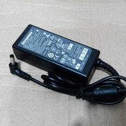 Adaptor Lenovo NetBook 20V 1.5A (13754367) di Kota Surabaya