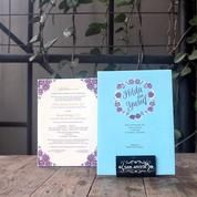 An Almost Perfect Invitation With A Blue Color Wrapped In Two-Color Flowers Still Look Elegant (13833503) di Kota Bandung