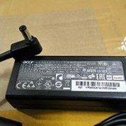 Adaptor Acer 3.0* 1.1 19V 2.37A