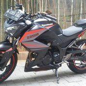 Motor Kawasaki Ninja Injeksi Z-250 Tahun 2013 (14011073) di Kota Bandung