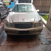 Mercedes Benz W211 E240 Avantgarde 2004 With Moonroof (Mint Condition) (14062923) di Kota Jakarta Selatan