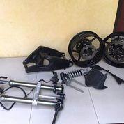 Swing Arm Zx 6R (14083245) di Kota Padang