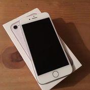 Iphone 7 Plus 128Gb Silver (14212651) di Kota Palembang