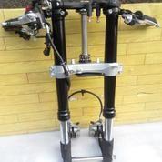 Swing Arm GSXR 600 Full Set (14243563) di Kota Denpasar