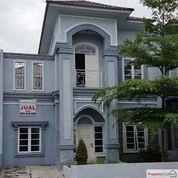 Rumah Komplek Menteng Indah (Jalan Panglima Denai, Cluster Casville) Medan