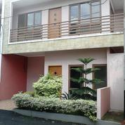CLUSTER RUMAH 2 LANTAI 800 JUTA READY STOCK DI JATIASIH BEKASI (14354747) di Kota Bekasi