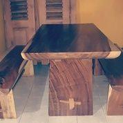 Meja Makan Mewah Trembesi Solid (14374211) di Kota Jakarta Timur