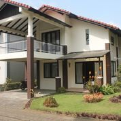 Villa Daisy Full Furnish Di Villa Istana Bunga Lembang Bdg (14385855) di Kota Bandung