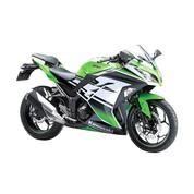 Kawasaki Ninja 300( KREEDIT TANPA DP DAN BUNGA 0% )