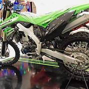 Motor Trail KLX 150CC
