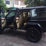 Jeep Cherokee Limited 3960 TH 98 (14622345) di Kota Tangerang