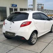 Mazda2 CBU Sport 1.5 At 2013 Putih