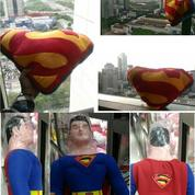 Bantal Kepala Punggung Miniatur Tokoh Film DC Comics Superman SNI Mpuk