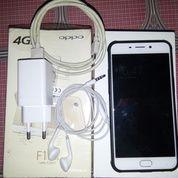 Oppo F1 Plus Gold 4/64 Fullset (14898333) di Kota Jakarta Timur