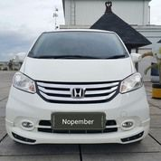 Honda Freed Psd E 1.5 At 2014 Putih Metalik