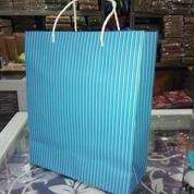 Paper Bag Motif Garis (14959649) di Kota Surabaya