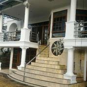 Rumah Mewah Kokoh Full Furnished Kolam Renang Pribadi Cibubur