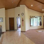 Villa 6 Kamar 332m2 - Kompleks Mega Indah, Megamendung, Bogor