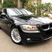 BMW 320 E90 2011 / 2010 Executive Facelift Hitam 50rb Good Condition (15101333) di Kota Jakarta Utara