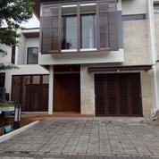 Rumah Mewah Rapi Terawat Di Cluster De Naara De Park BSD City (15226073) di Kab. Tangerang