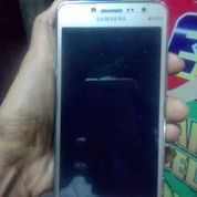 Samsung J2 Frem (15271009) di Kota Banjarmasin