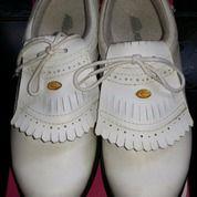 Sepatu Golf No 39 (15299885) di Kota Tangerang Selatan