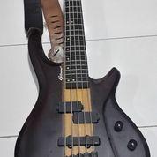 Bass Gitar Gillmore + Efek Bass Behringer (15390909) di Kota Jakarta Barat