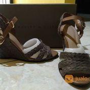 Sepatu High Heels Charles Keith