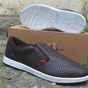 Sepatu Slip On Piero Supreme Grid