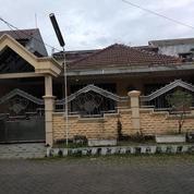 Hunian Mewah 2 Lantai Taman Pinang Sidoarjo
