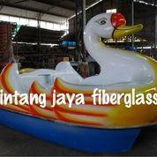 Sepeda Air Bebek Putih List Kuning (15911613) di Kota Serang