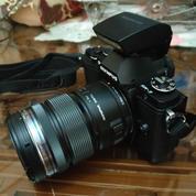 Kamera Mirrorless Olympus OMD EM-5 Mark 1 (15942413) di Kota Jambi