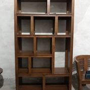 Rak Buku Solid Minimalis Mewah (16060837) di Kota Jakarta Timur