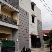 Kost 177m2 Dekat Universitas Sebelas Maret, Jebres, Surakarta (16086749) di Kota Surakarta