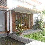 Guest House / Homestay / Rumah Sewa Harian / Villa Murah Di Tengah Kota Jogja Wirosaban