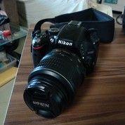 DSLR Nikon D5100 + Lensa 18-55 Mm AF-S VR + Bonus