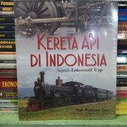 Buku Kereta Api Di Indonesia Sejarah Lokomotif Uap Oleh Yoga Prabowo Diaz (16223681) di Kota Malang