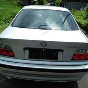 Sedan BMW 320i Tahun'94 (16551183) di Kota Denpasar