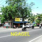 Rumah Ngagel Surabaya Pusat Tengah Kota Nol Jalan Raya (16757019) di Kota Surabaya