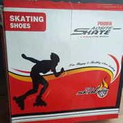 Sepatu Roda Pemakaian 90 % (16768771) di Kab. Bekasi