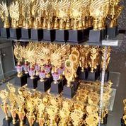 King Trophy Grosir Dan Retail Piala Di Bandung Otista 363 (16842919) di Kota Bandung