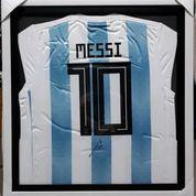 Jersey Lionel Messi Argentina No 10 Tanda Tangan Messi Bersertifikat MSS002 (16911523) di Kota Jakarta Pusat